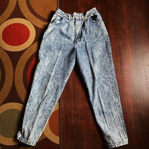 vintage high rise acid wash mom jeans boyfriend